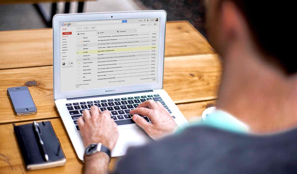 Ambit - ¿Qué son las listas de correo electrónicos?