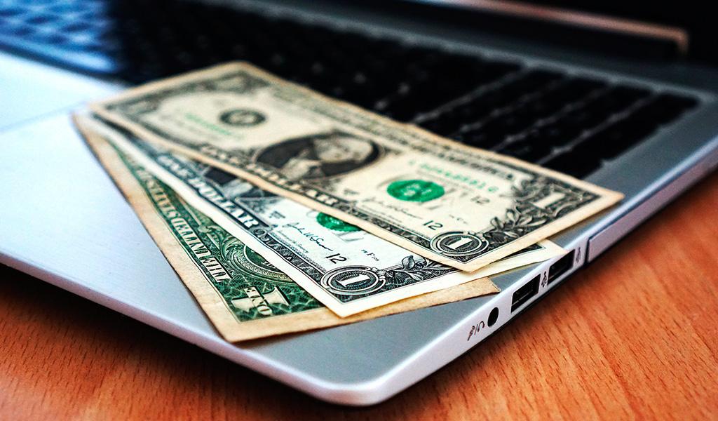 Reduce los costos informáticos a la mitad